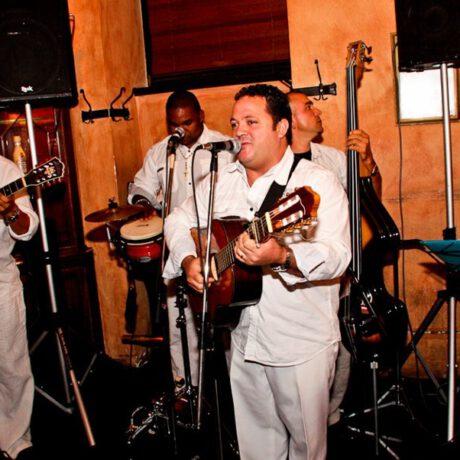 www.rafaelito-salsaband.com (3)